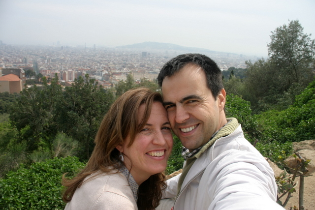 us with barcelona behind, apr2010